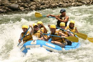 World-class whitewater rafting on the Pacuare river